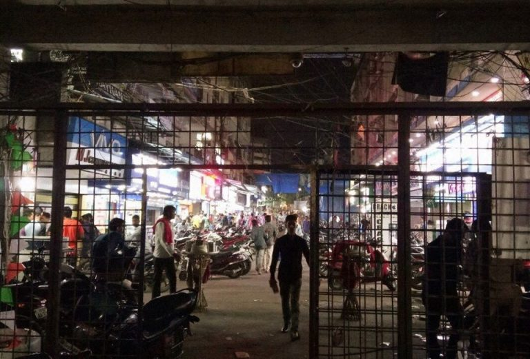 Jagdish Market at Abids – Local Cell Phone Marketplace